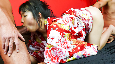 Chiharu gives a japan blowjob and is fucked in her kimono